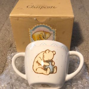 Winnie the Pooh's double handle child's mug